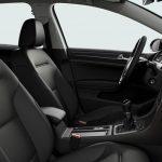 Autoleasing-valikoiman Volkswagen Golf Variant Comfortline 1,5 TSI EVO 110 kW DSG -mallin sisätilat.