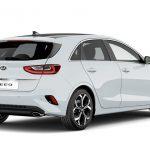 Autoleasing-valikoiman valkoinen Kia Ceed 1.4 T-GDI ISG 140hv EX 5D DCT A/T -malli takaviistosta.