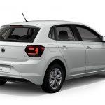 Autoleasing-valikoiman valkoinen Volkswagen Polo Style 1,0 TSI 70 kW DSG -malli takaviistosta.
